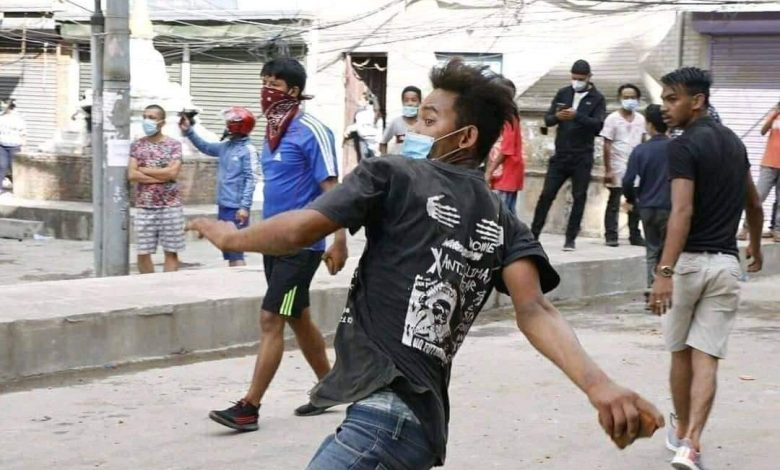 Photo of Locals and police clash in Pulchowk over pulling of Rato Machindranath chariot